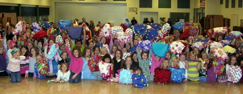 Mt_Horeb_Girl_Scouts_Christmas_for_Critters_2010.jpg